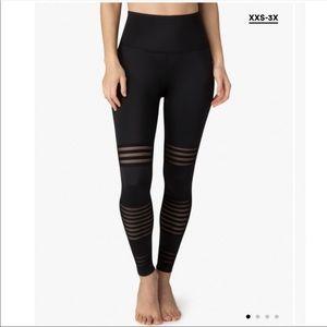 Beyond yoga mesh to impress high waisted leggings